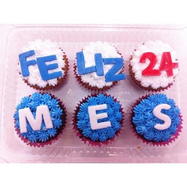Para los #enamorados para los que están de meses y para los que lo celebran con toda #Feliz mes #Amor . Que tal unos #Cupcakes #SoSweet como estos?...Pidelos aquí en #PasteleriaSoSweet #Bogotá Cel: 317 657 5271 - (1) 625 1684 #Cedritos: Cra 11 No.138 - 18. Síguenos también en www.Facebook.com/PasteleriaSoSweet Twitter: www.twitter.com/sosweetchef Pinterest: www.pinterest.com/sosweetcol e Instagram: @PasteleriaSoSweet