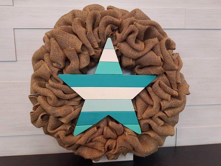 Burlap Wreath with Wooden Star . . #goldenforrest #goldenforrestcreations #burlap #burlapwreath #handmade #wreathideas #frontdoordecor #star #woodenstar