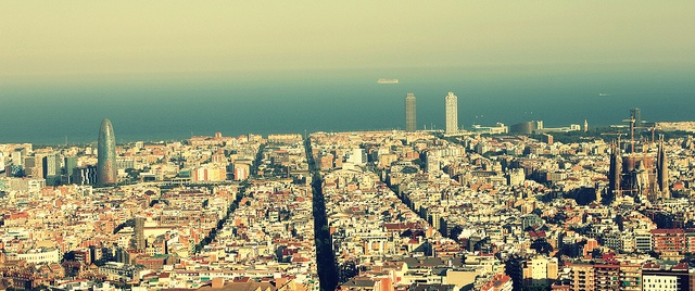 #Barcelona   Photo by Carla Alonso. See more: http://www.flickr.com/photos/unticyuntac