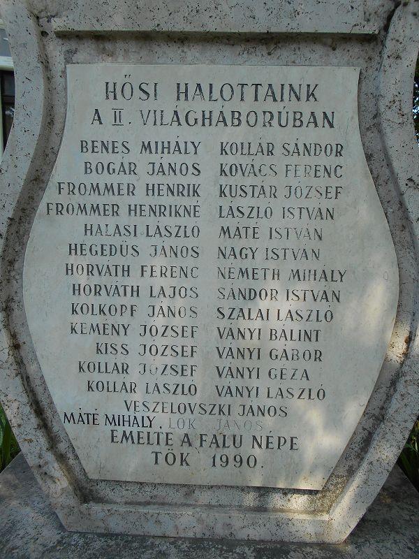 II. világháborús emlékmű (Tök) http://www.turabazis.hu/latnivalok_ismerteto_4841 #latnivalo #tok #turabazis #hungary #magyarorszag #travel #tura #turista #kirandulas