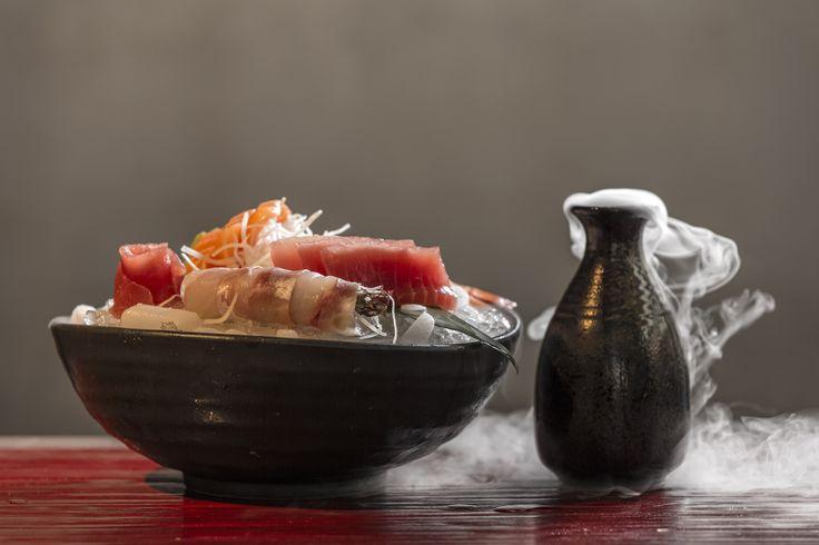 Απολαύστε μια πεντανόστιμη ποικιλία sushi μόνο στο αγαπημένο σας Pasaji και συνοδέψτε την με ζεστό ή κρύο Sake!  #Pasaji #PasajiAthens #CityLink #Athens #Food #AthensFood #Restaurant #AthensRestaurant #FoodInAthens #RestaurantInAthens #LunchBreak #Athens #Sushi #Sake