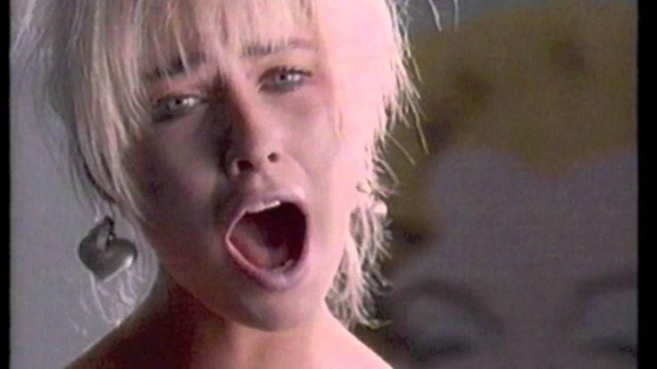 Transvision Vamp-I Want Your Love.mp4 1988