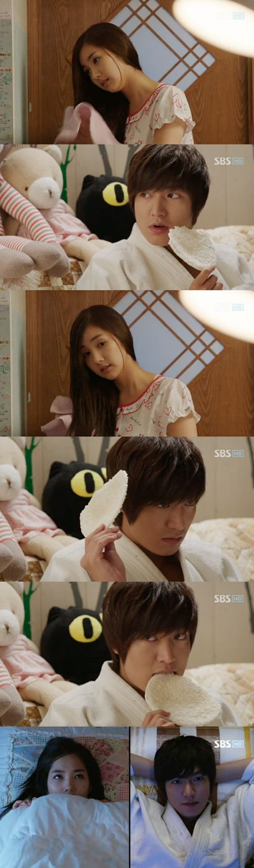 City Hunter....could it be any more obvious that he likes (uhm..I mean LOVES) her??