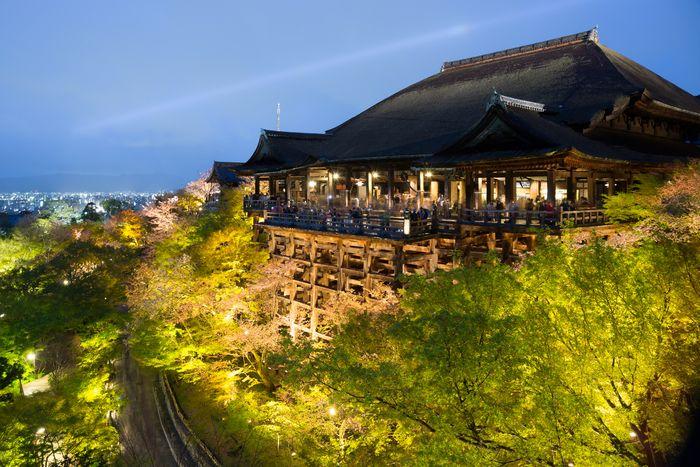 京都のおすすめの初詣スポット:人気の神社・お寺一覧