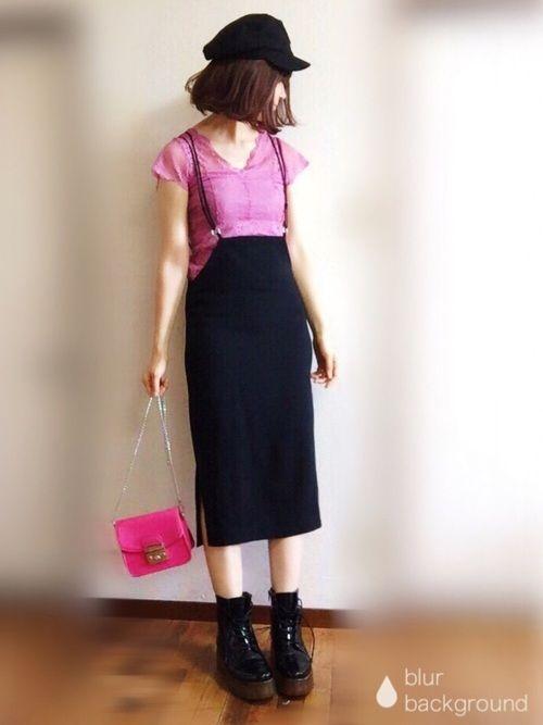 ピンクコーデ ローリーズファームさんの新作厚底ブーツほんの少しですがマーチンに似ている気がし