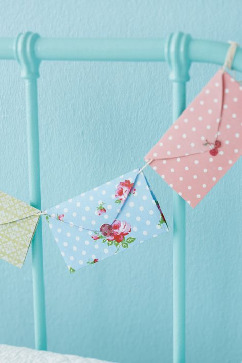 Sending spring. Post bunting. Birthday idea- could get people to write notes and put them in and then save the notes. Or for weddings/hen do's people write down advice or favourite quotes?? Loving these more and more :)