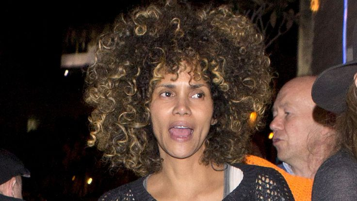 Halle Berry Says Is 'Done With Love' - Ardan Movies