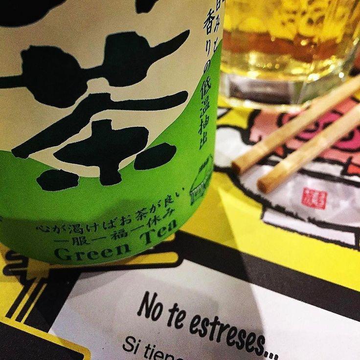 Ven a #Ramenkagura y prueba un té verde frío para no estresarte mientras disfrutas de nuestro Ramen #Repost @juancas74