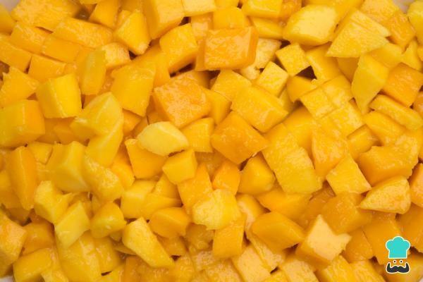 Cómo Pelar Un Mango Fácil Y Rápido 6 Trucos Que Funcionan En 2020 Mermelada De Mango Jugo De Mango Mousse De Mango