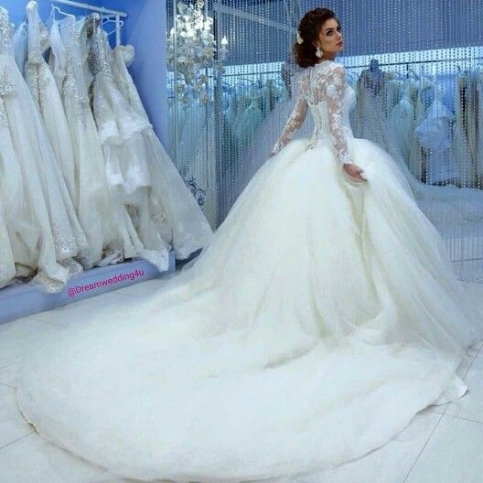 123 best Bridal/Wedding ♥ images on Pinterest | Wedding frocks ...
