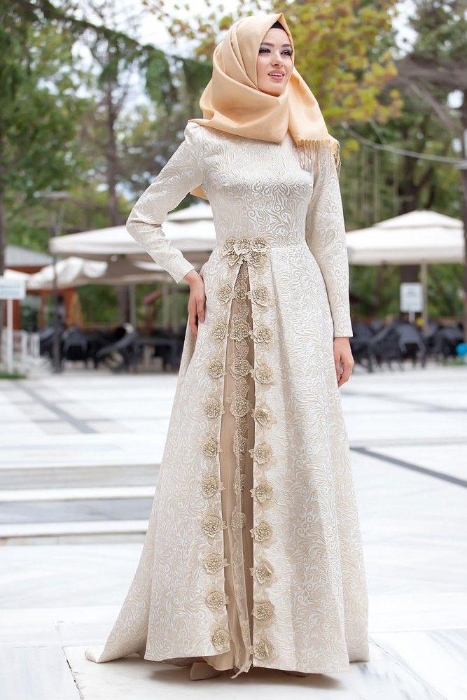 En modern Puane - Çiçek Detaylı Ekru Elbise , en uygun fiyatla 9 taksit ve kapıda ödeme seçeneği ile tesetturisland.com'da
