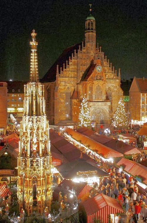 GERMANY:  Christmas Market; Nuremberg, Germany