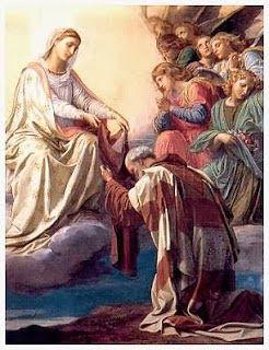 El escapulario forma parte del hábito de varios Institutos Religiosos. Respecto al escapulario de color marrón que llevaban los primi...