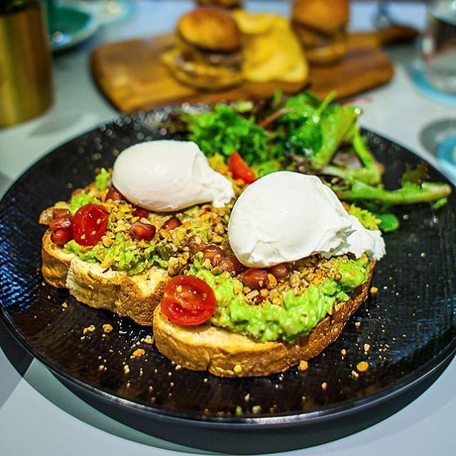 Middle Eastern Avocado Toast With Egg At Prive Paragon Sgeats Sgcafe Privegroup Priveparagon Newopeningsg Ordinar Avocado Toast Avocado Toast Egg Avocado