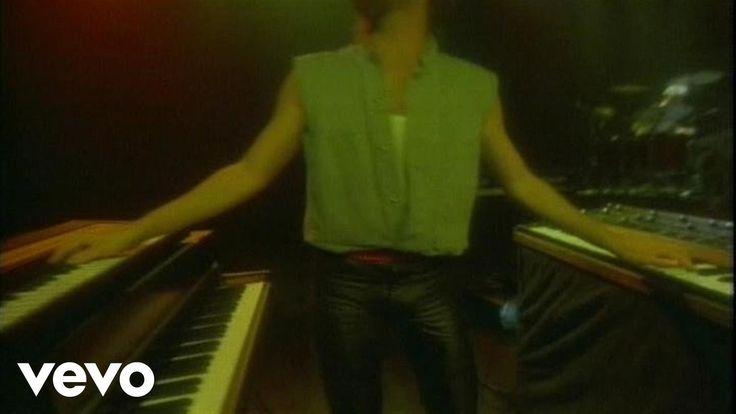 Bryan Adams - Run To You - YouTube