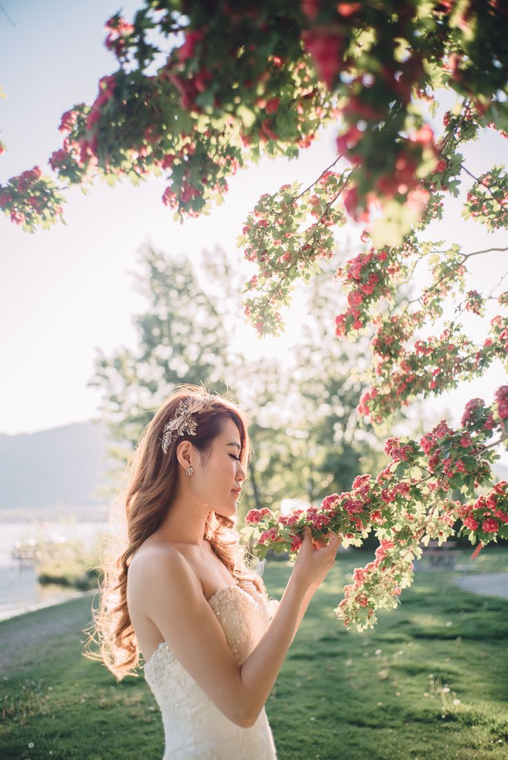 Dreamy location in Osoyoos  Love Frankly Wedding Photography