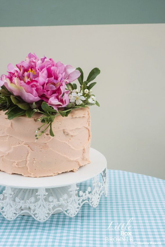 caramel mud cake with buttercream frosting