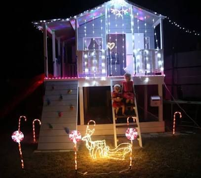rope.lights cubby house - Google Search