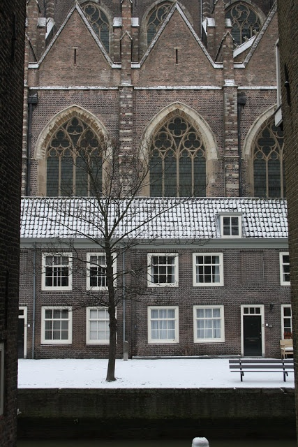 Madelief: Holland, Dordrecht, a snowy morning