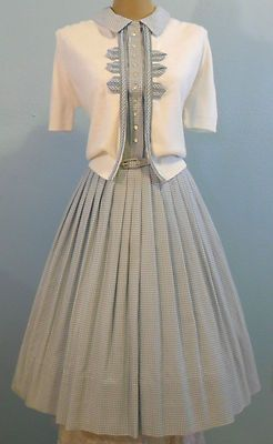 VINTAGE 1950'S GINGHAM DRESS & SWEATER FULL SKIRT