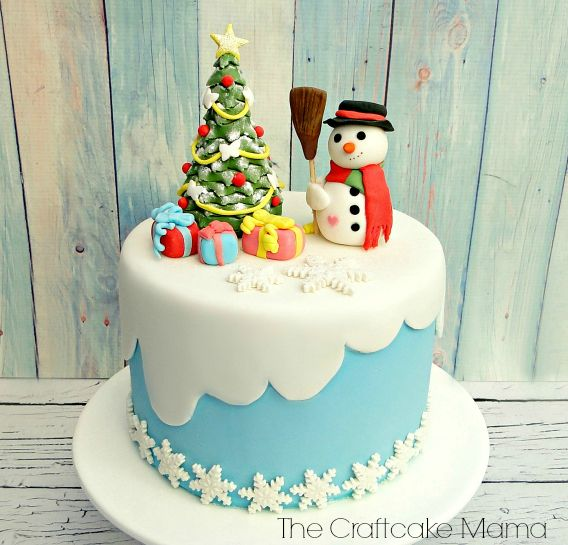 My Christmas fondant cake! Mi tarta de fondant navidena ...
