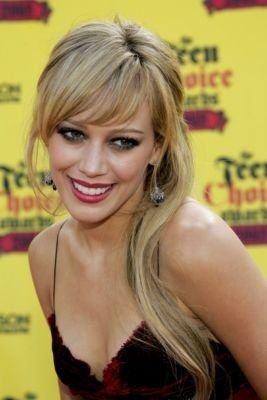 Hilary Duff Side Swept Bangs: Neat Bangs