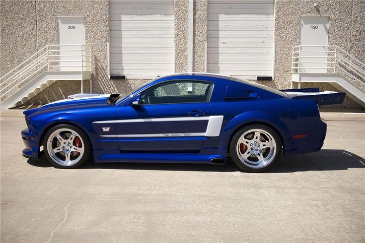 2005 FORD MUSTANG GT PLATT & PAYNE SIGNATURE EDITION - Barrett-Jackson Auction Company - World's Greatest Collector Car Auctions