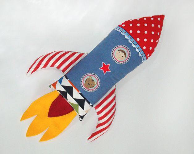 Raketen Kissen // rocket pillow by Matroschkas & Friends via DaWanda.com