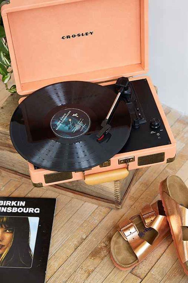 Crosley X Uo Cruiser Briefcase Portable Vinyl Record Player Peach One Vinyl Record Player Record Player Record Player Urban Outfitters