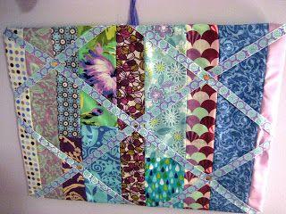 Quilty Habit: Tutorial: Fabric Bulletin Board