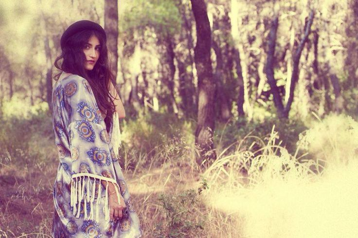 Magena Kimono is the best companion for us in our first autumn walks!!! Go out and have fun! You deserve it!