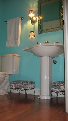 17 best ideas about blue powder rooms on pinterest powder room blue and white wallpaper and - Tiffany blue bathroom ideas ...