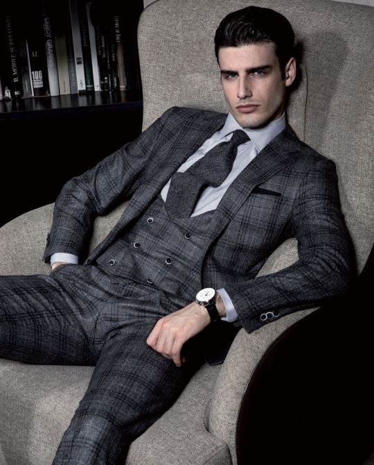 Ravazzolo cuts a sartorial edge with a plaid three-piece suit for fall/winter 2016