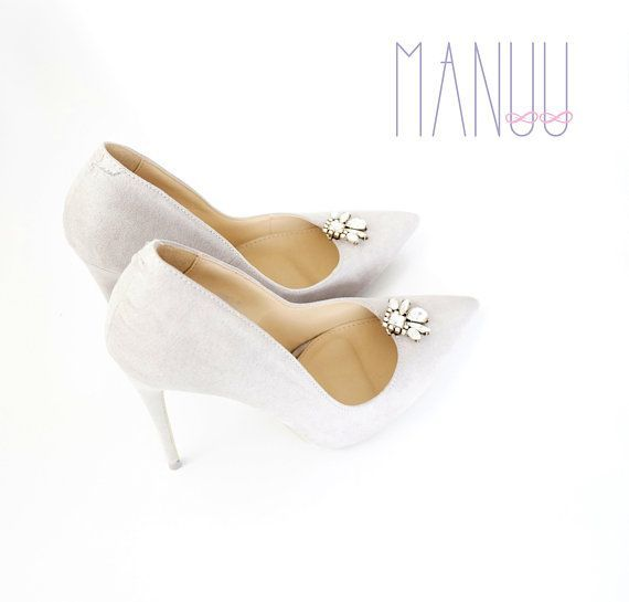 b0e868d8fa1a7 Rhinestone shoe jewelry Wedding shoe clips shoe clips #weddingshoes ...
