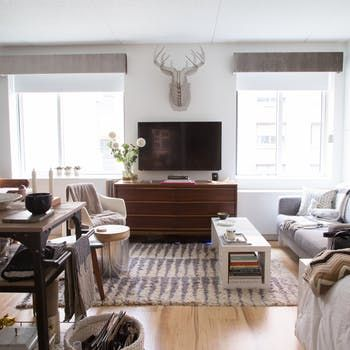 """House Tour: A """"Urban Cottage"""" in Hell's Kitchen 
