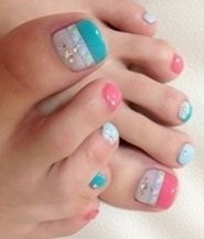 Whole bunch of cute summer pedis
