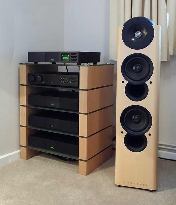 Ok-STAX-500-Hifi-Stand,-with-NAIM-separates-&-KEF-speaker