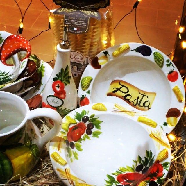 Italská keramikaTo je nádhera✨⭐️✨⭐️✨#keramikashop#praha#beroun#plsen#munich #ravensburg#regensburg#darek#vanoce#decorpraha#decoration
