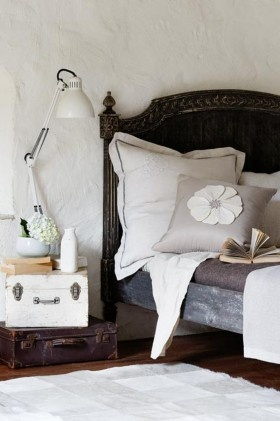 Decorating with natureLamps, Ideas, Vintage Suitcases, Old Suitcases, Beds Frames, Bedside Tables, Bedrooms, Night Stands, Pillows