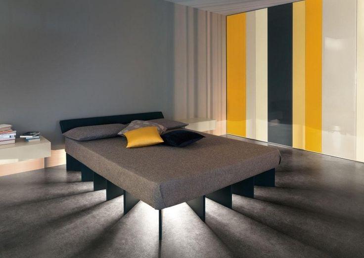 chambre moderne lit bas avec clairage led intgr et penderie multicolore - Eclairage Chambre Led