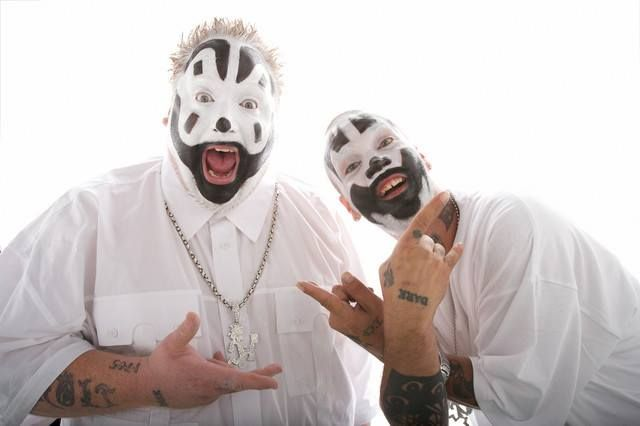 """NEWS: The horrorcore duo, Insane Clown Posse, has announced a U.S. tour, called """"The Marvelous Missing Link Tour,"""" for October. P.O.D., Stitches, Young Wicked and Dope D.O.D.. You can check out the dates and details at http://digtb.us/1JvkV4q"""