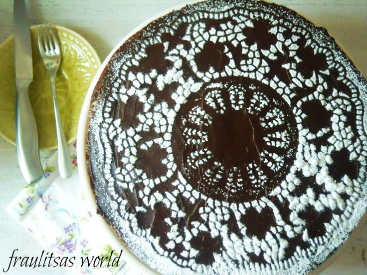 Chocolate Pie (Cake)