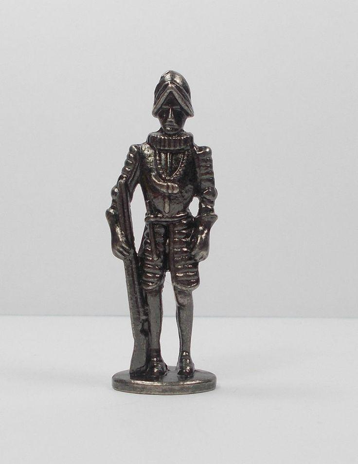 Kinder Surprise Egg Toy - Metal Figure - Ferrero - Medieval Figure (2)