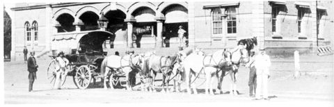 The post cart in 1896, ready for its journey to Durban. From:   http://www.pmbhistory.co.za/?showcontent%5B_id%5D=93