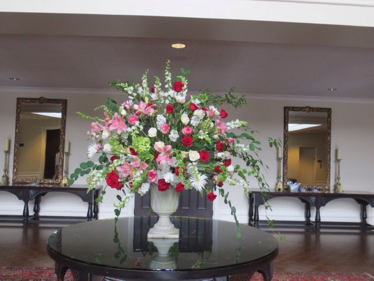Mother S Day Red Pink Amp White Roses Church Flower