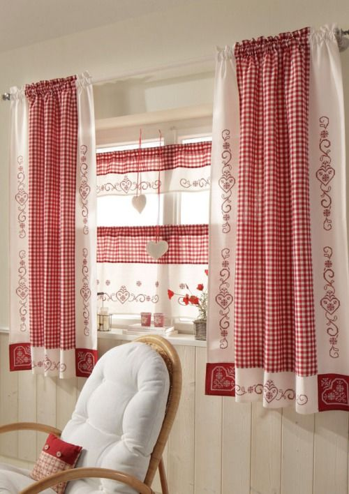 red and white curtains. Decoración Hogar