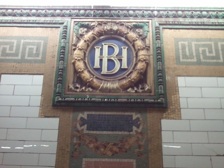 Icon at Houston Street on 1 Line