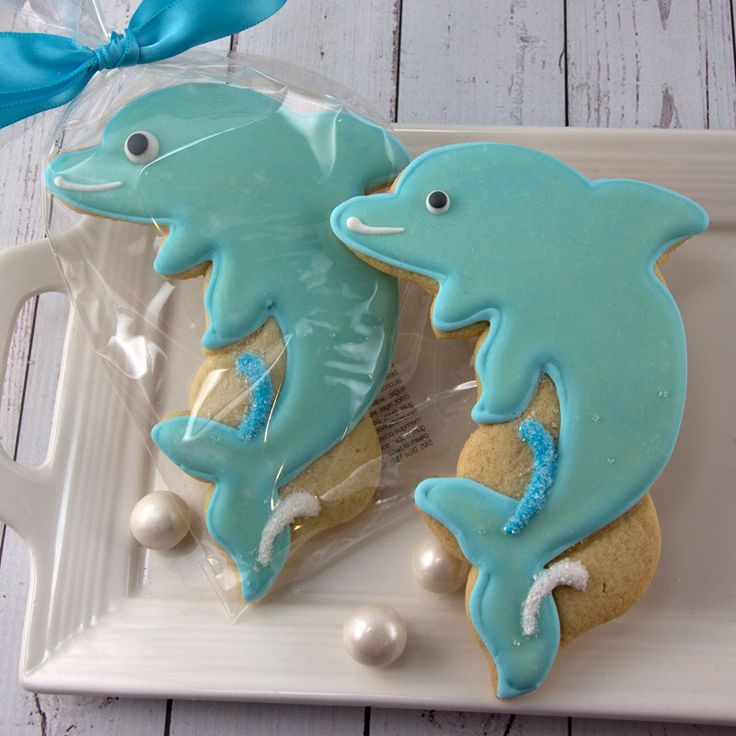 Dolphin Cookies, Sea Animal Cookies, Beach Party, Fish Party - 12 Decorated Sugar Cookie Favors by TSCookies on Etsy https://www.etsy.com/listing/218679828/dolphin-cookies-sea-animal-cookies-beach