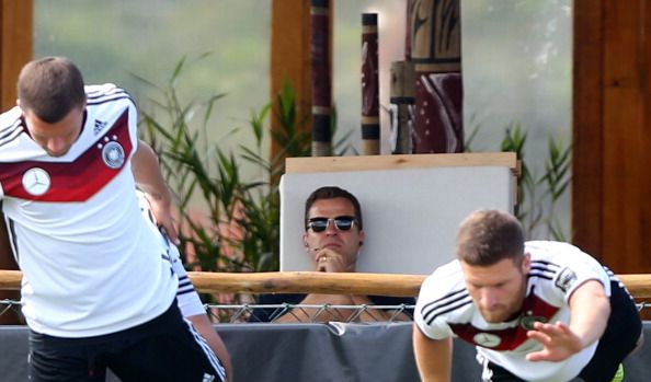Team manager Oliver Bierhoff watches the German national team training