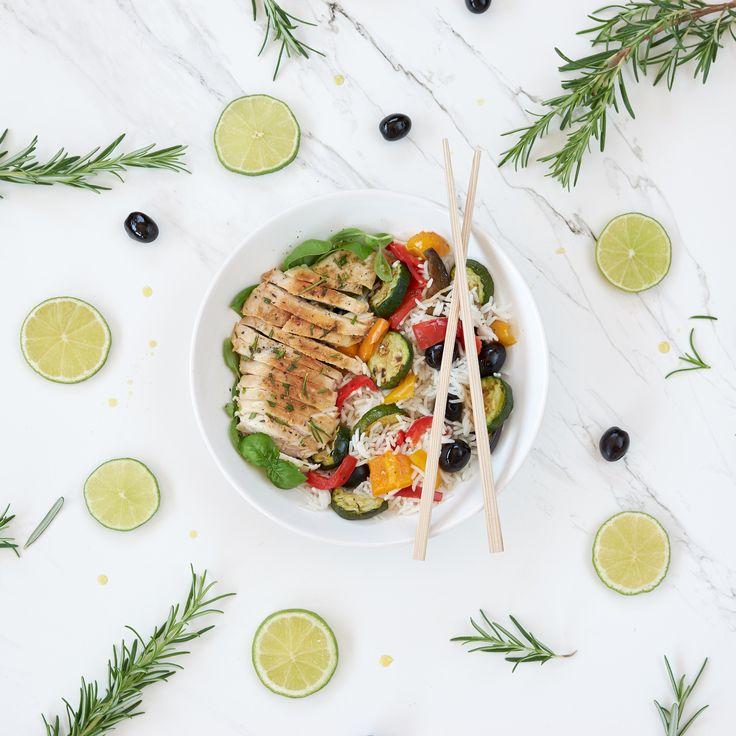 Power Bowl: Riso basmati con pollo e verdure alla griglia #powerbowl #orogel #buonopernatura
